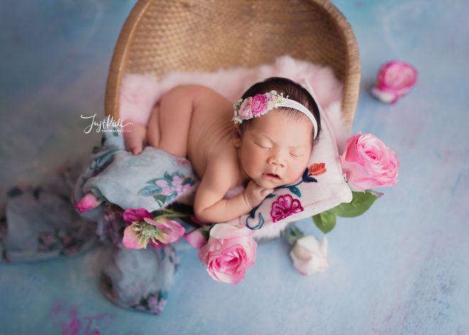Sydney Newborn Photography In Home Photo Shoot