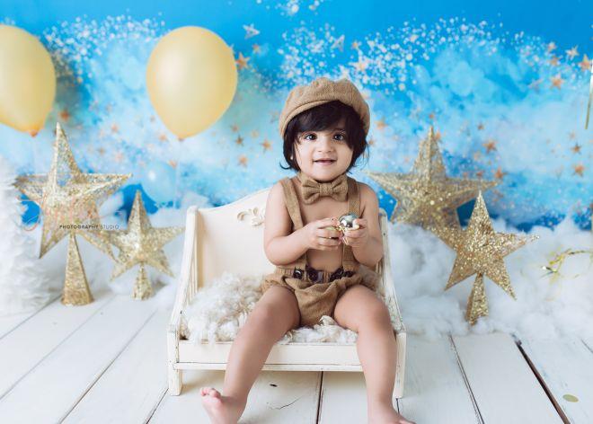 Sydney Blue Baby One Year Photo Gold Star