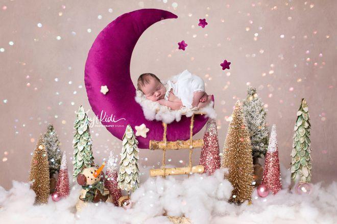 © JustKidi Photography Studio Newborn Baby Girl Moon Stars Newborn Photo Hills District 悉尼山区新生儿宝宝写真满月照